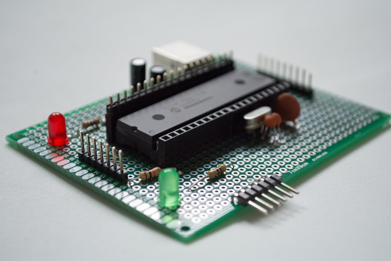 Do it yourself pinguino pic18f4550 board microcontroller electronics do it yourself pinguino pic18f4550 board solutioingenieria Images